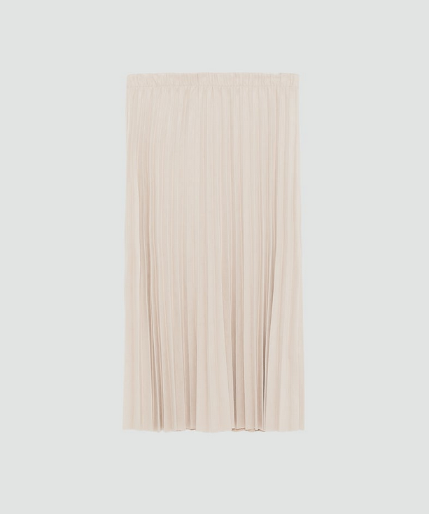 Falda plisada de Zara (19,95 euros)