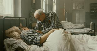 "Un fotograma de la película sobre la vida de Maximiliano Kolbe, ""Dos..."