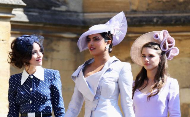 No hay boda real británica sin espectaculares tocados  0fbb4892590