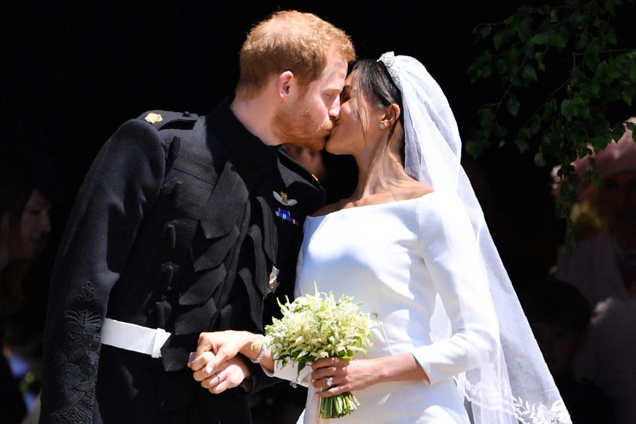 Tras darse el sí, quiero, Harry y Meghan se han dado un beso a la...