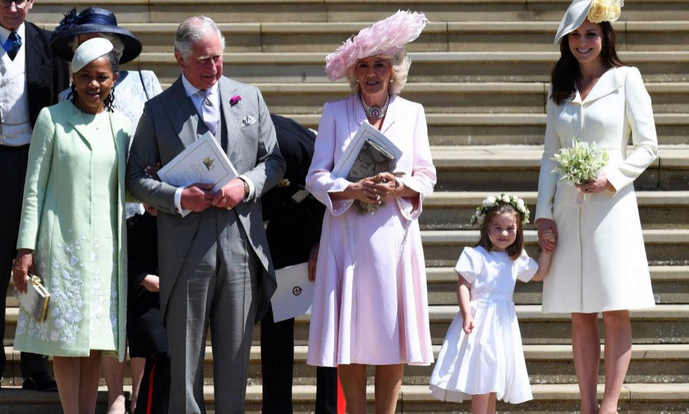 Doria Ragland, madre de Meghan Markle; el príncipe Carlos de...