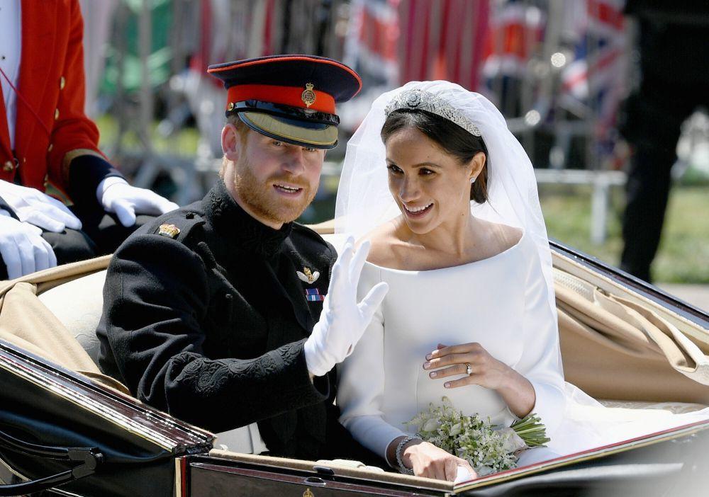 Junto al Príncipe Harry, podemos ver cómo Meghan Markle combina su...