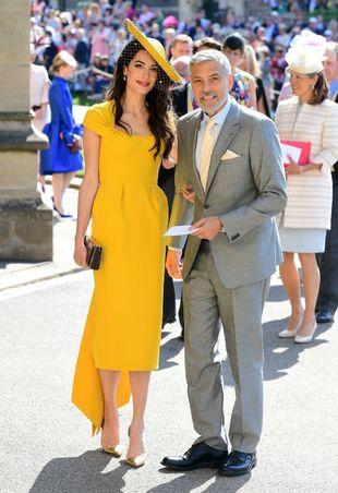 La abogada en al boda de Meghan y Harry con un diseño mostaza de la...