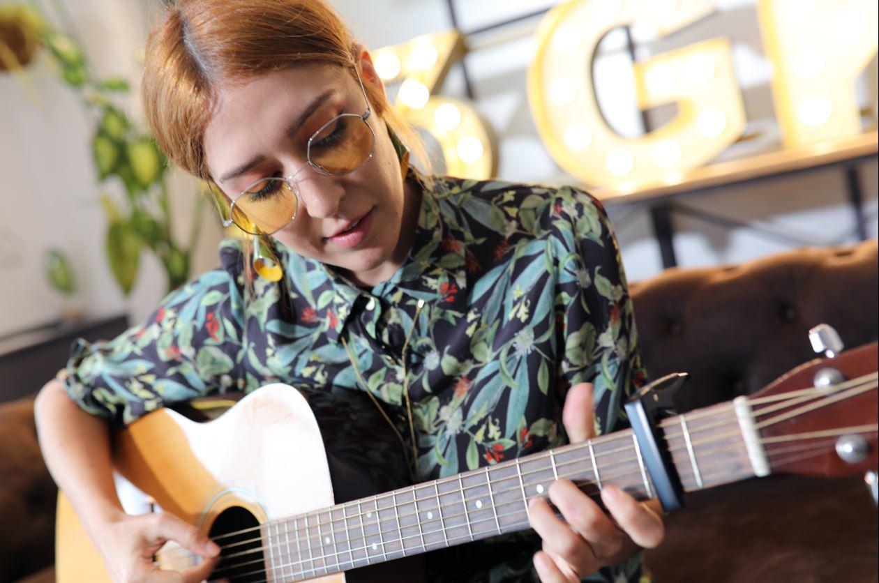 43Giras en Kasas trae a Anni B Sweet para dar un concierto especial.