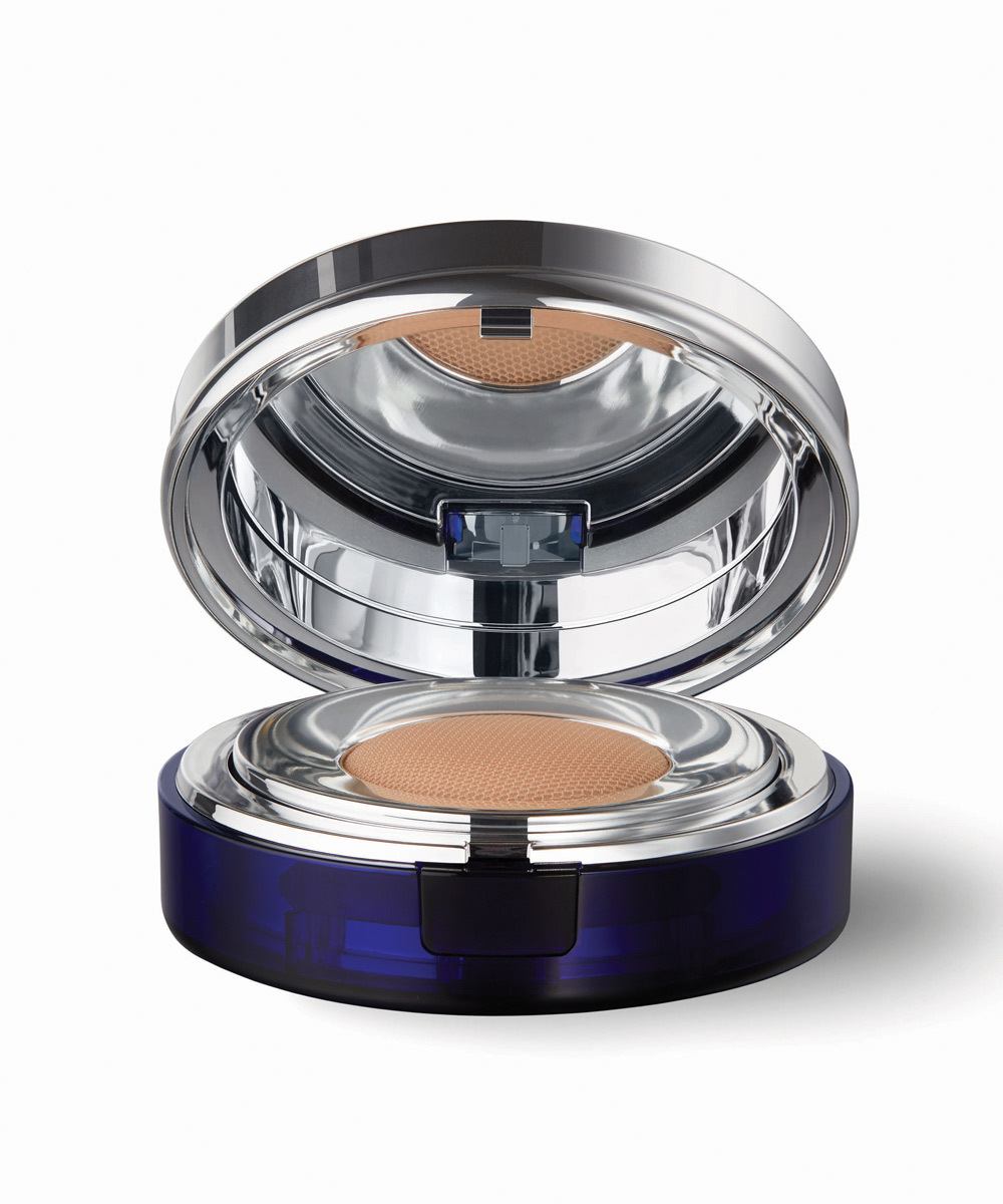 Skin Caviar Essence-In-Foundation SPF 25 / PA+++, de La Prairie.