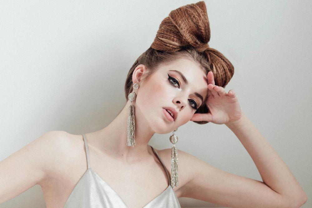 Make-up products Guerlain //Hair products ghd // Dress Cistina Piña...