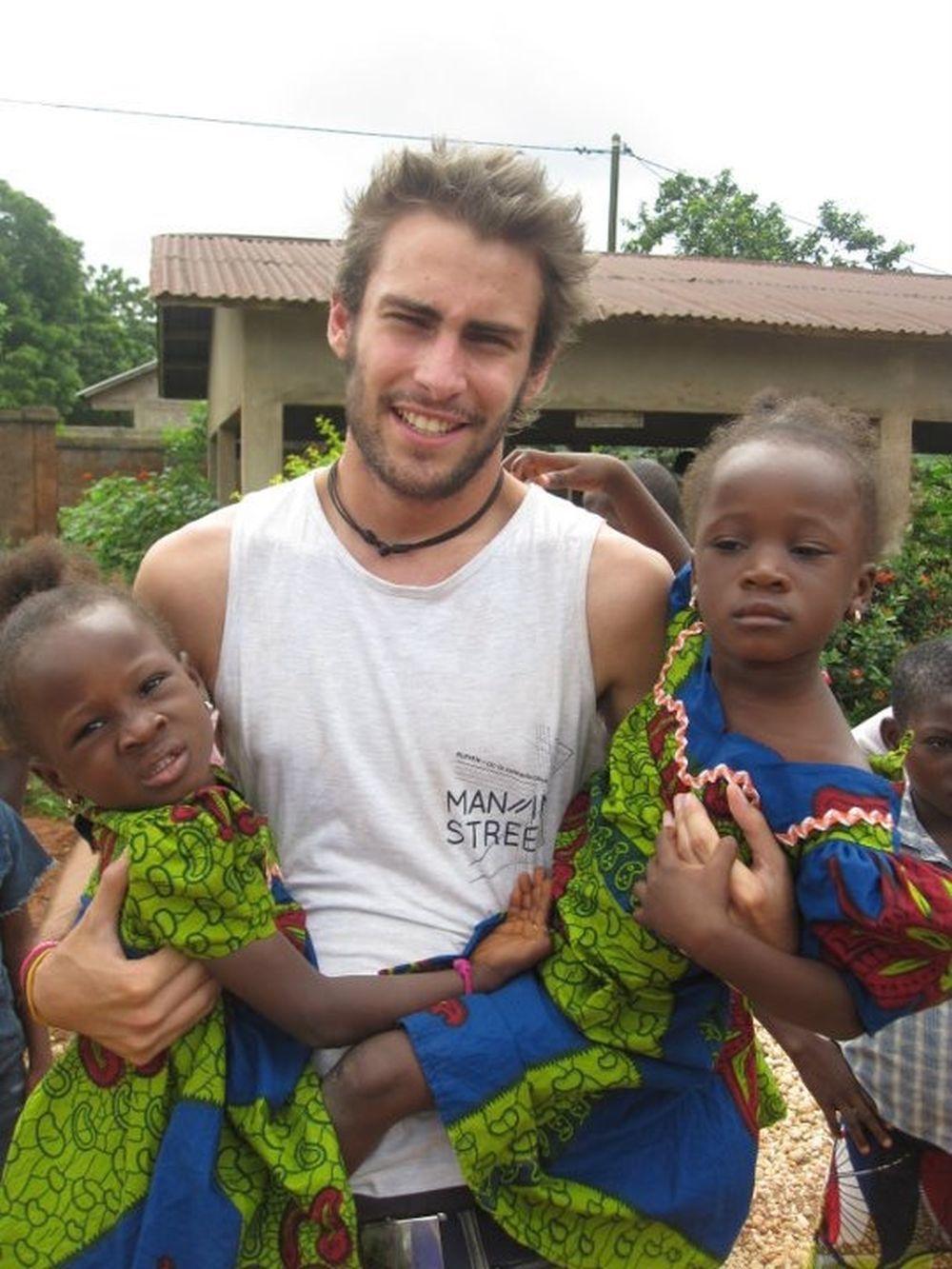 Fernando Guallar fue cooperante en Benín cuando tenía 22 años.