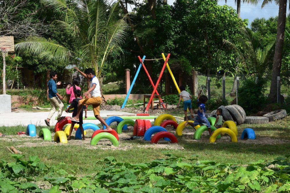 Proyecto de playground de la fundación Happyland en Camboya.