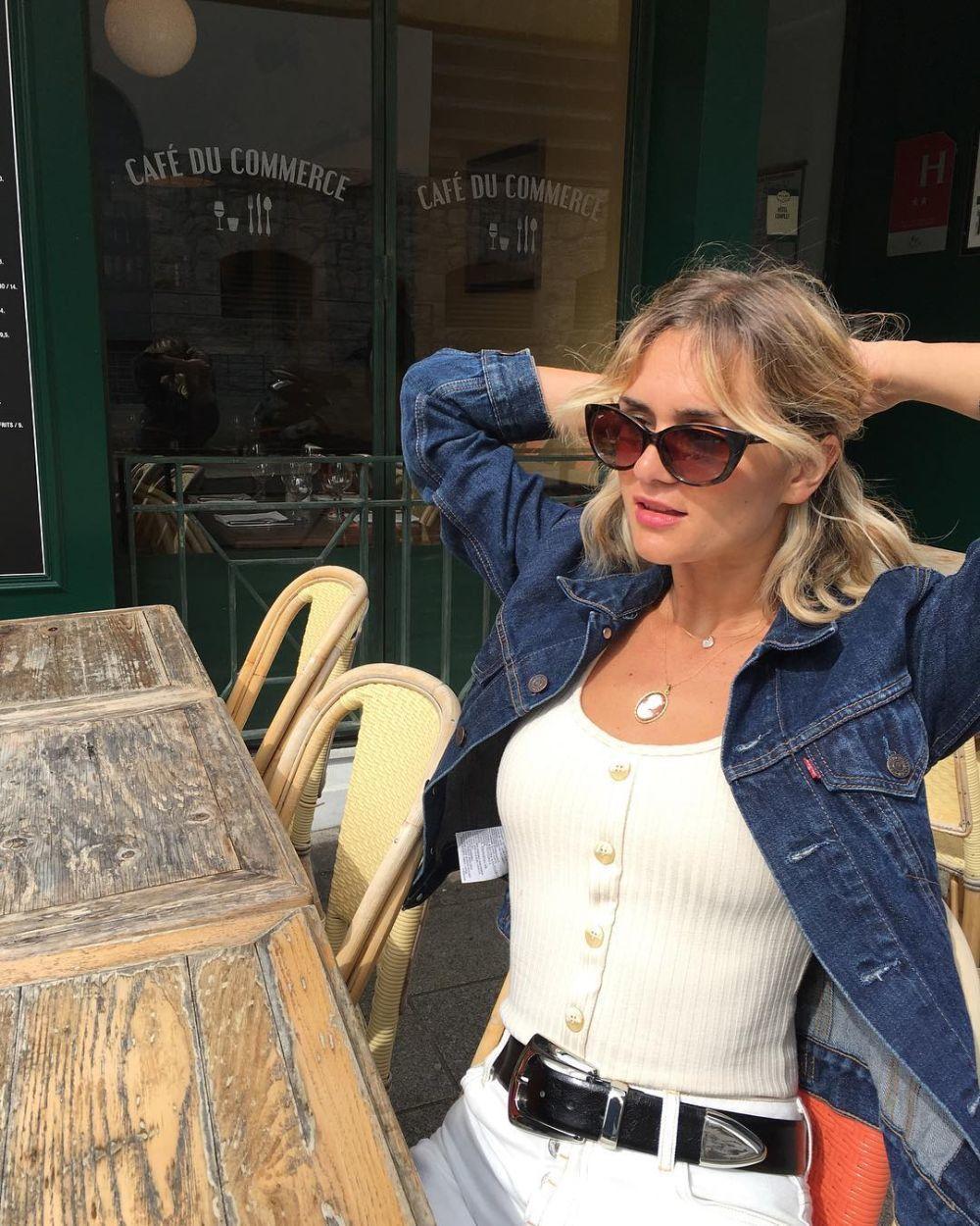 Anne Laure Mais escoge un modelo vintage para sus paseos por París....