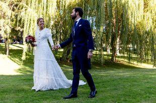 Sabina y Javi se casaron en una boda otoñal, celebrada en una finca...