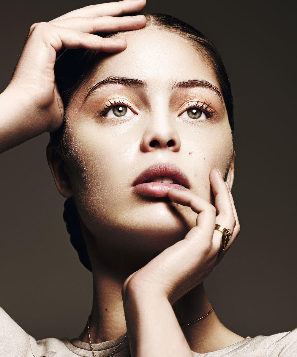 La modelo francesa Marie-Ange Casta.