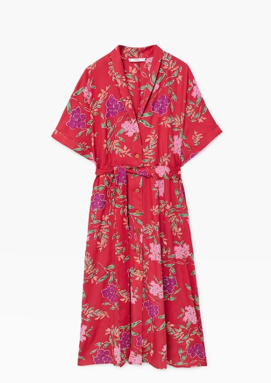 Vestido de Mango floral en rojo (29,99 euros).