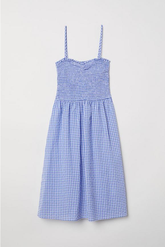 Vestido picnic de H&M (34,99 euros).