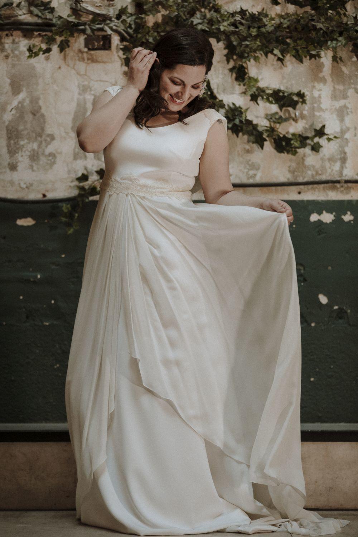 f7391c493 Vestido de novia de Bebas Curve.