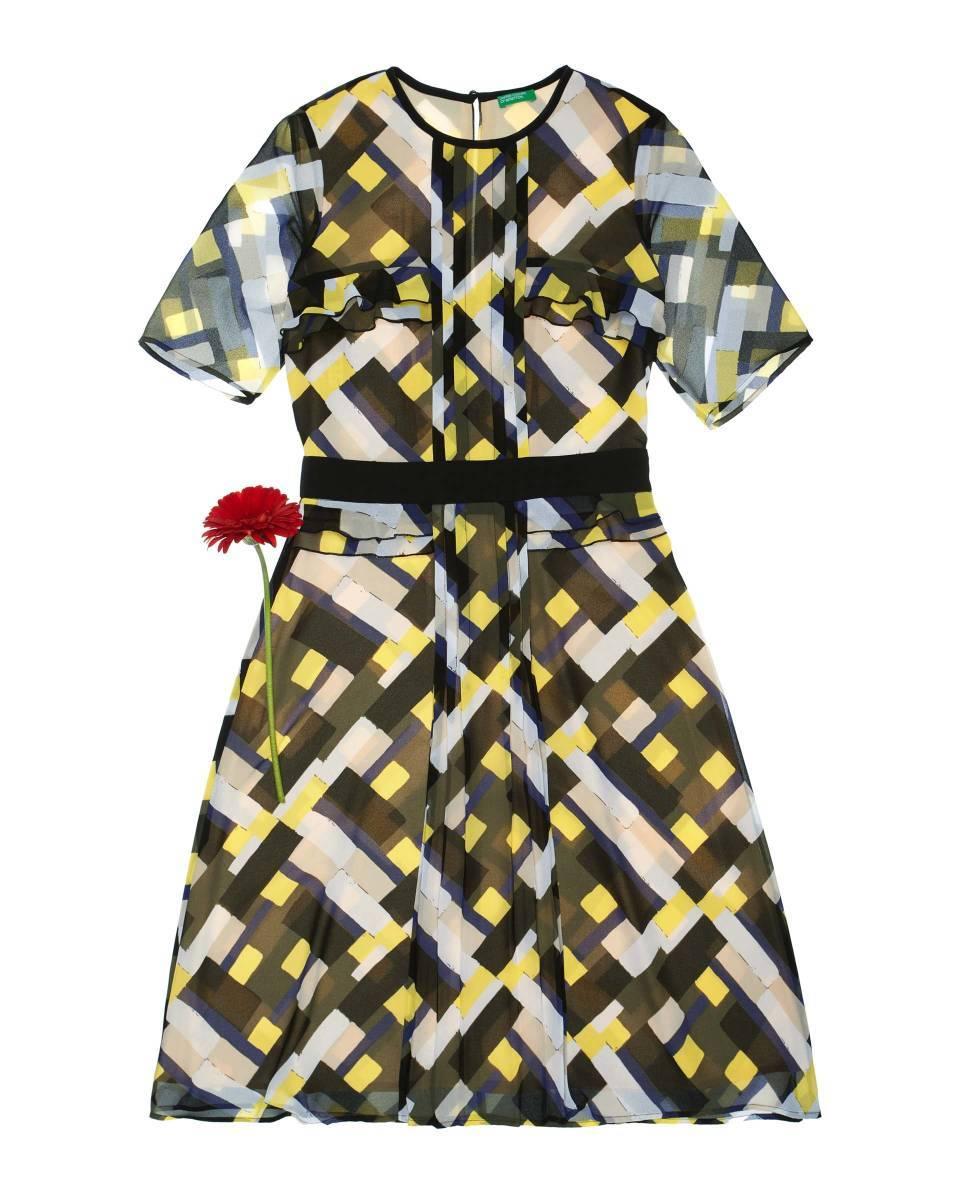 Un vestido estampado de Benetton (59,95 euros)
