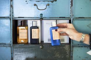 Los seis perfumes femeninos y seis masculinos más vendidos en los...