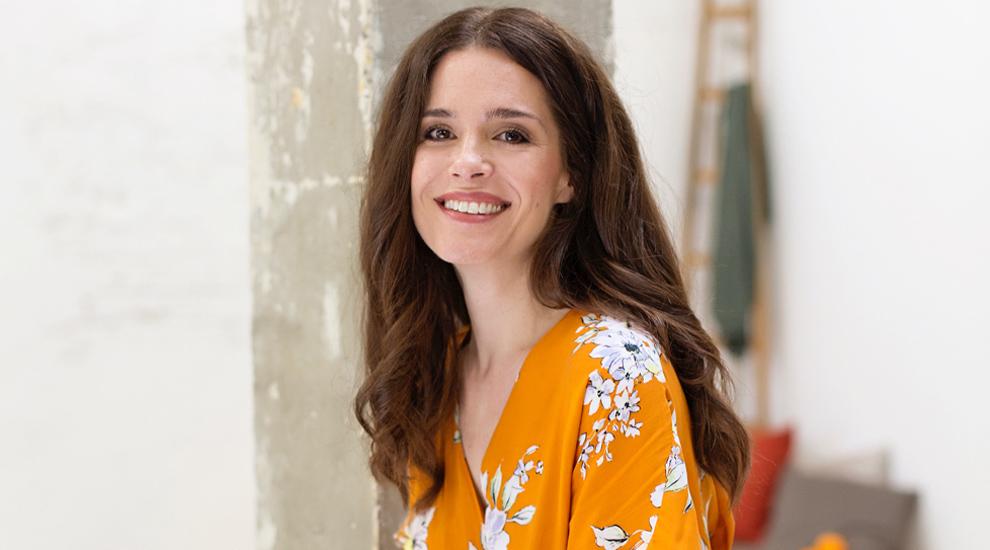 La actriz Nuria Gago nos desvela sus trucos para estar guapa en verano...