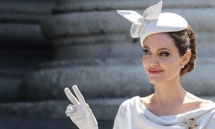 Angelina Jolie ha ejercido de Dama de Honor de la Orden de San Miguel...