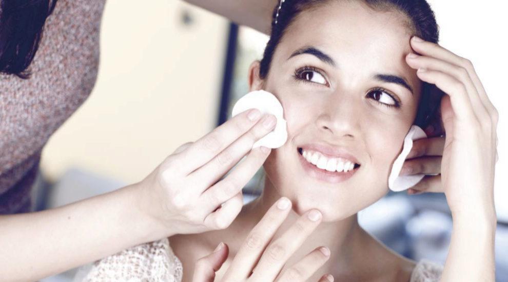 La piel en verano se ensucia y se obstruye más que nunca si no...