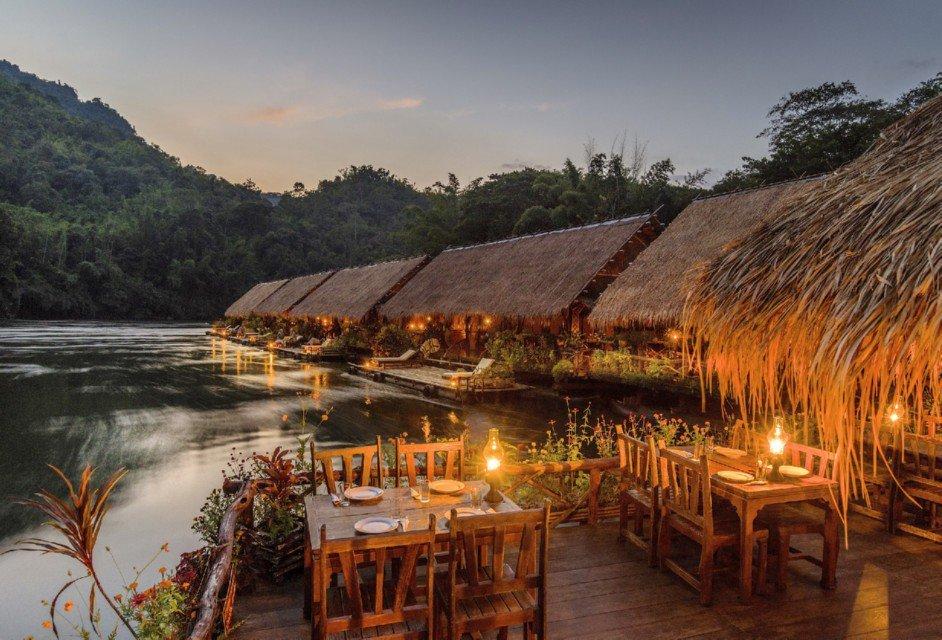 River Kwai Jungle Rafts, en Tailandia