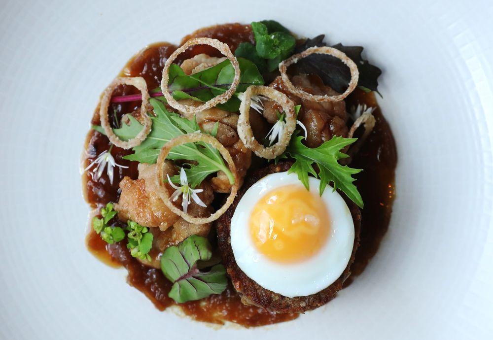 Plato de cocina escocesa moderna en Gannet