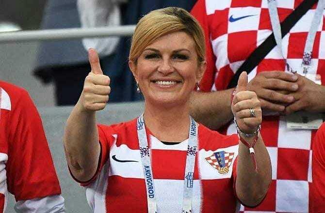 Kolinda Grabar-Kitarovic anima a la selección de su país