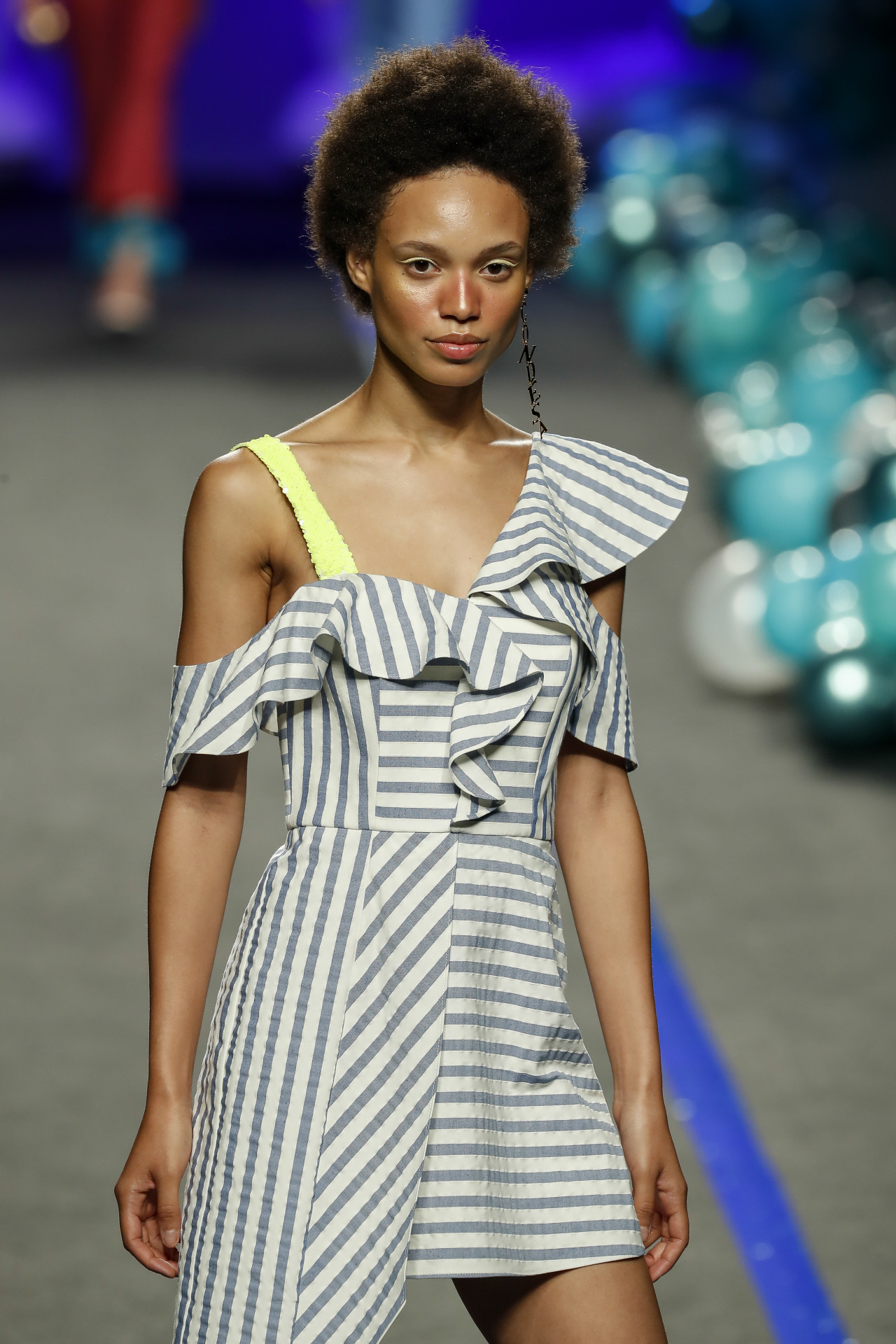 La modelo Afrodita en la Madrid Fashion Week.