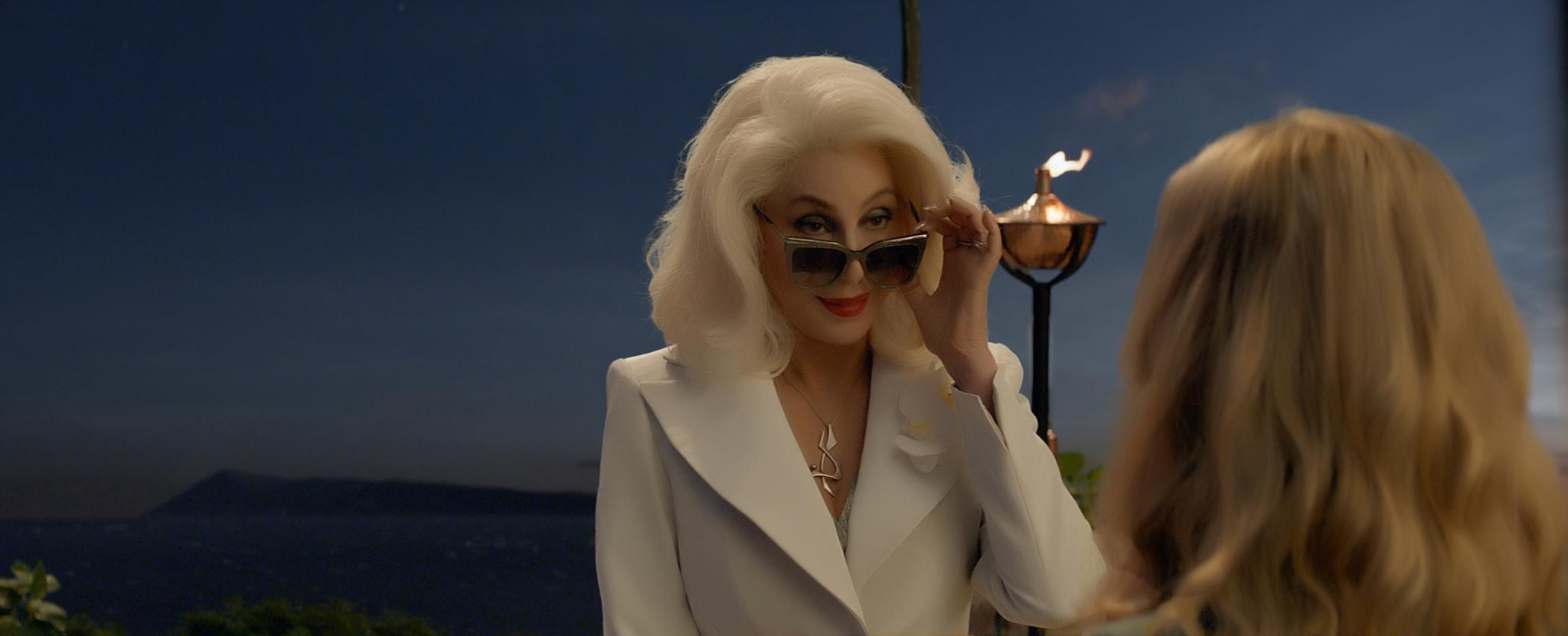 El cameo de lujo corre de la mano de Cher, que hará de la madre de...