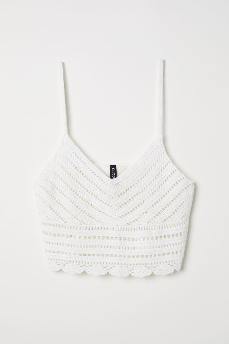 Top en croché blanco, de H&M (19,99 euros).