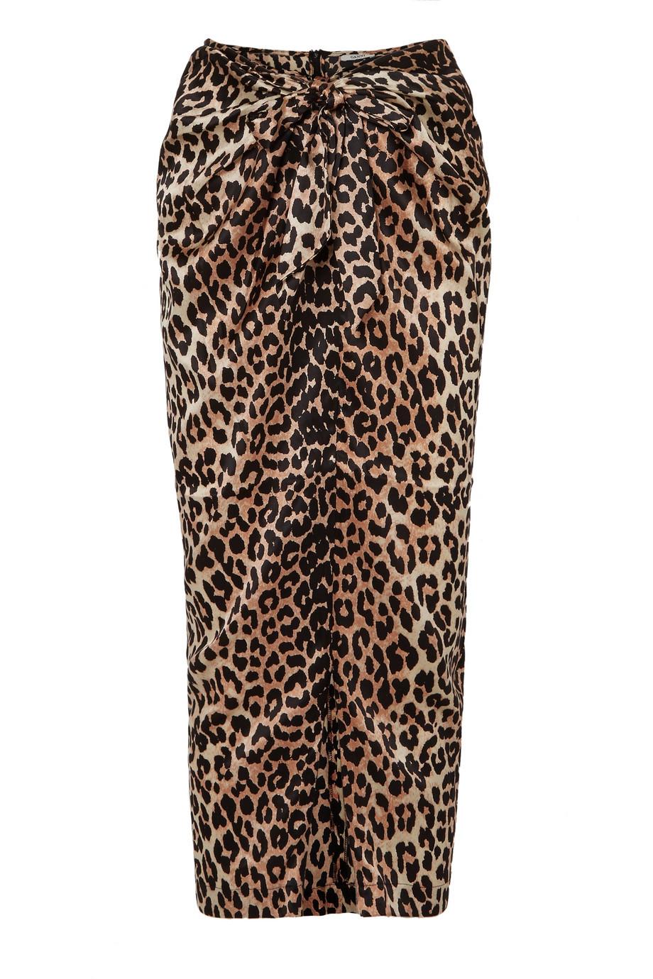 Falda de leopardo de Ganni (240 euros).