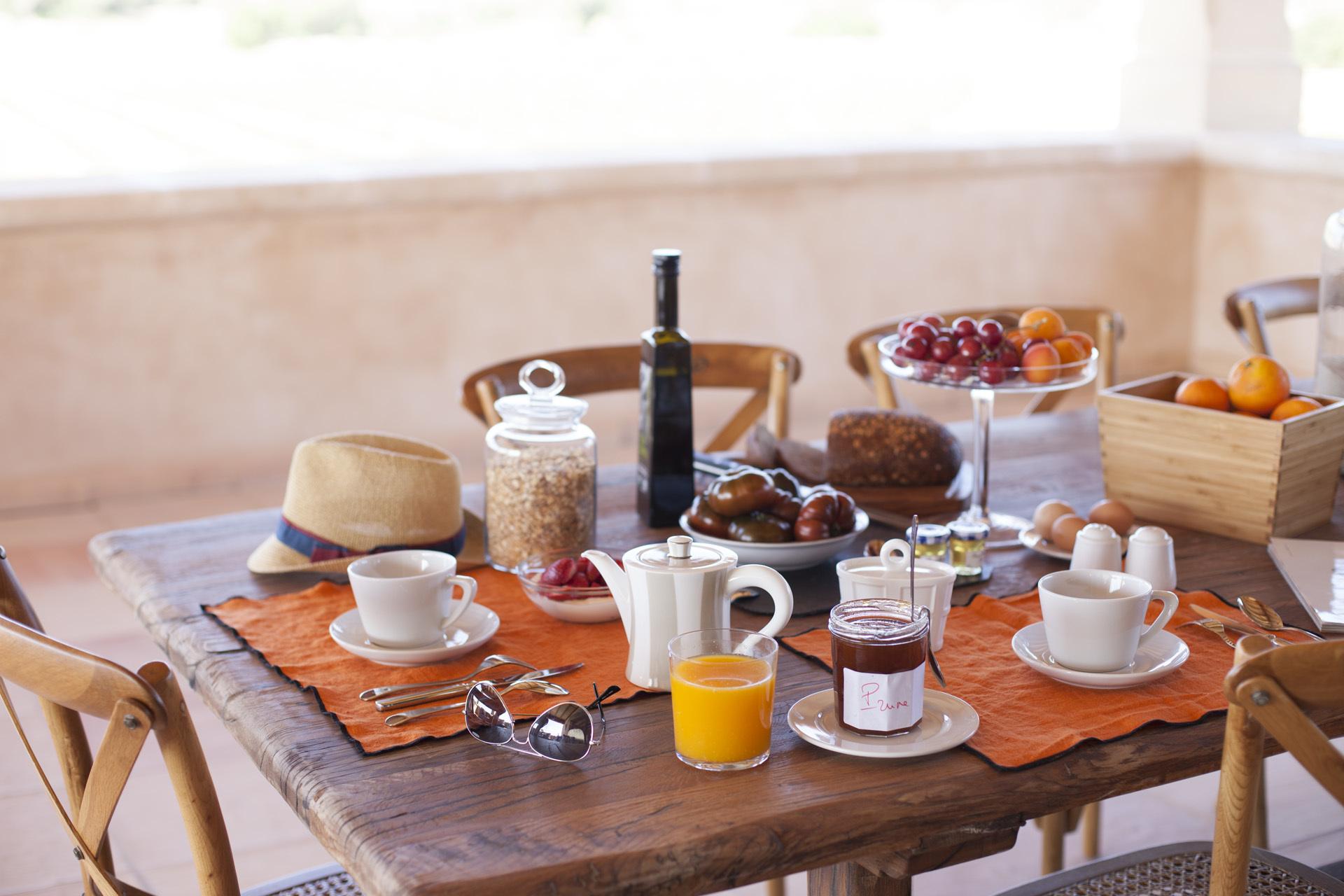 Los desayunos de Dominique que se sirven en una de las terrazas.