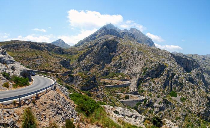 Para los mejor preparados la ascensión de 12 kilómetros desde Sa...