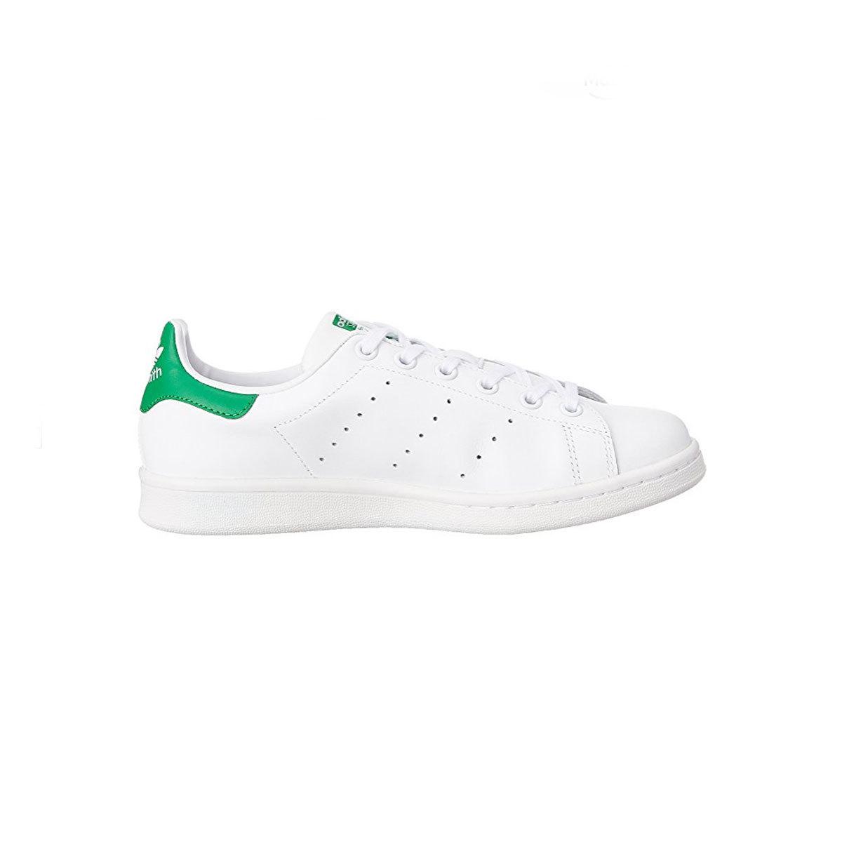 Sneakers blancas con detalle verde, modelo Stan Smith de Adidas,...