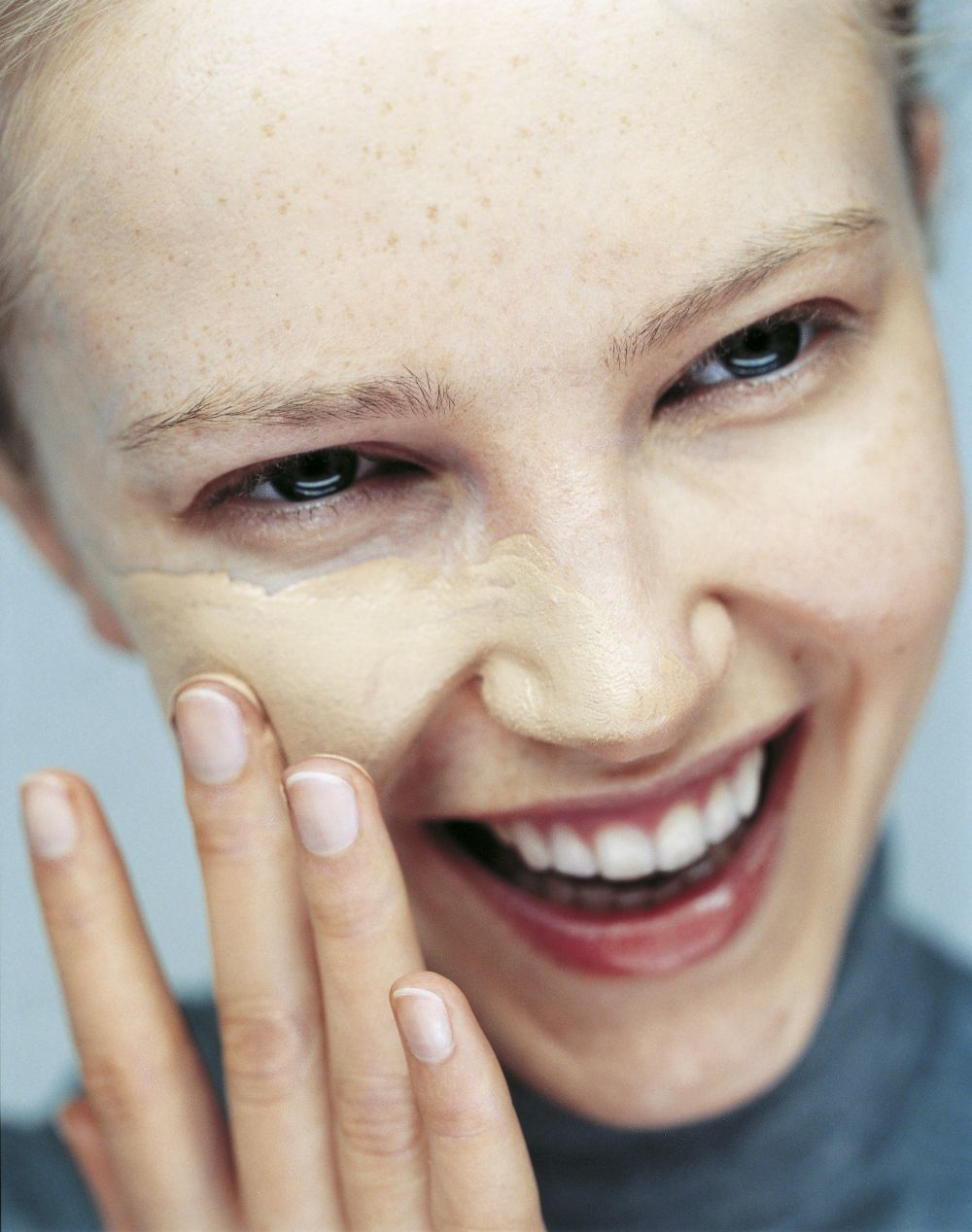 Elige tu base de maquillaje según tu tipo de piel.