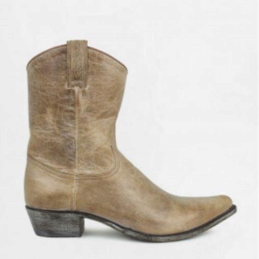 Botas cowboy, de Sendra (199 euros).