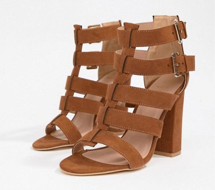 Sandalias de tacón, de New Look (38,99 euros).
