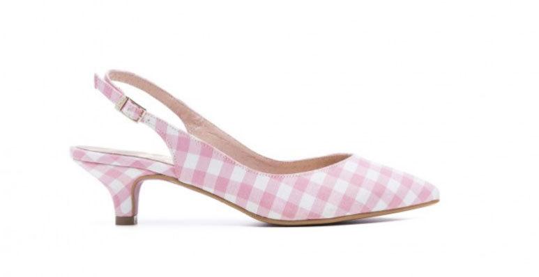Stilettos con cuadros vichy en rosa, de Cuplé (35 euros).