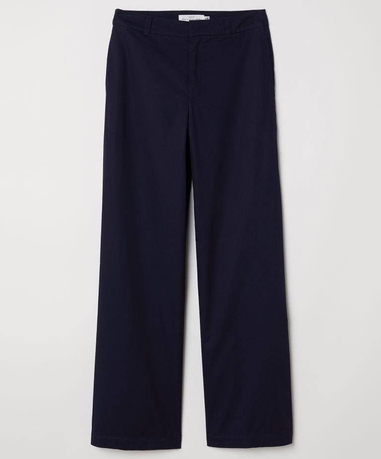 Pantalón de traje ancho, de H&M (29,99 euros).