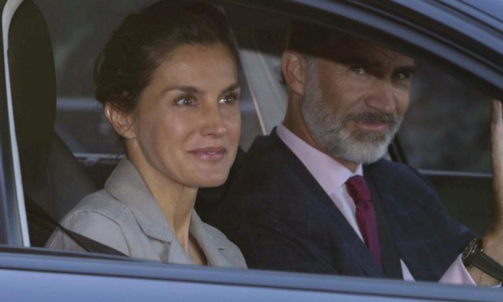La Reina Letiza aparece sin maquillaje.