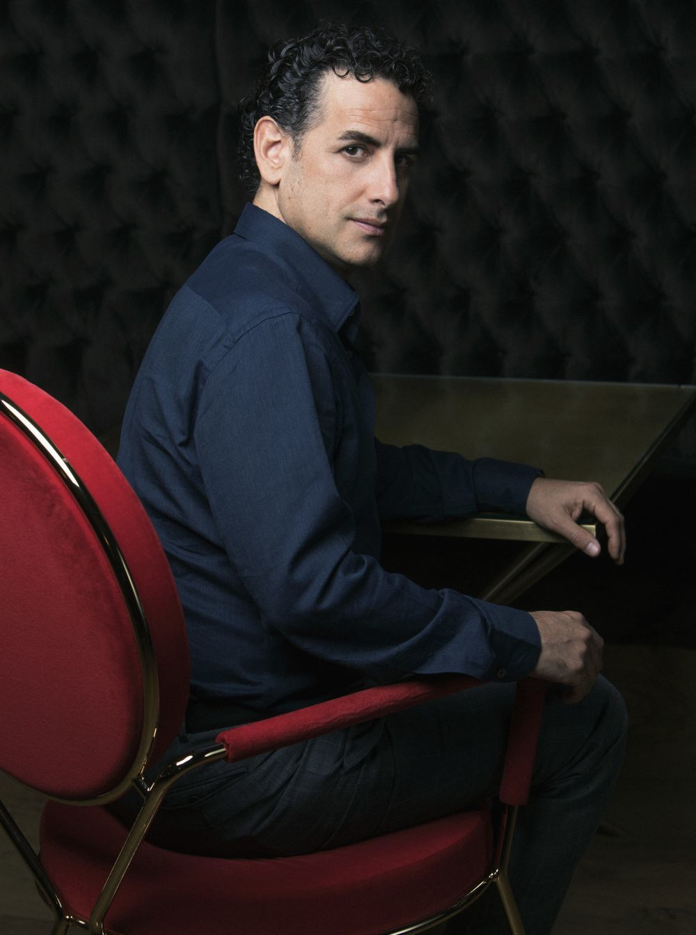 Juan Diego Flórez reúne en su nuevo disco, Bésame mucho, 18...