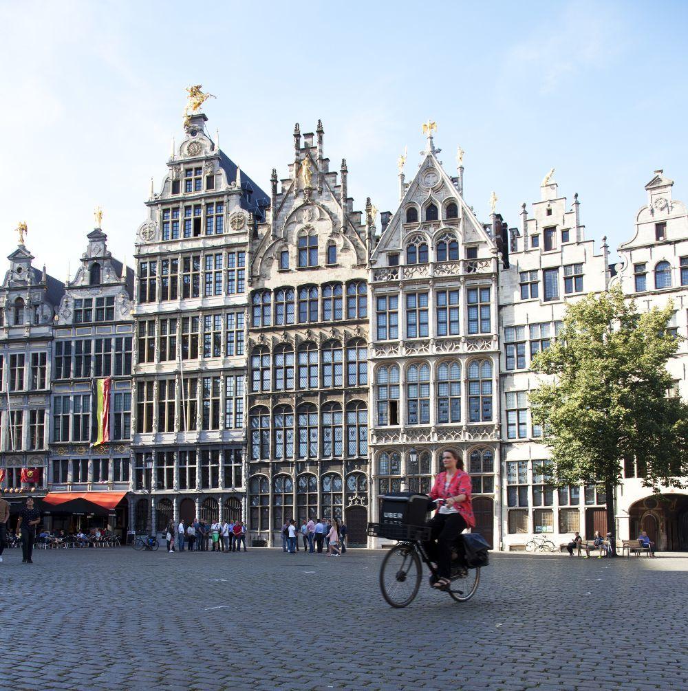 Casas gremiales de la plaza del mercado