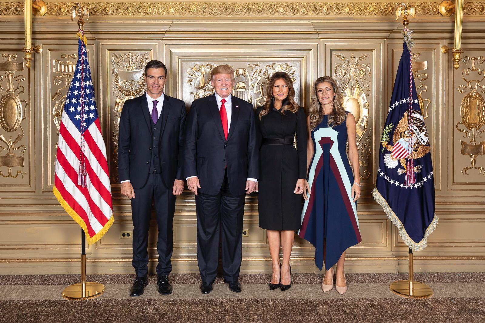 Pedro Sánchez y Begoña Gómez junto al matrimonio Trump.