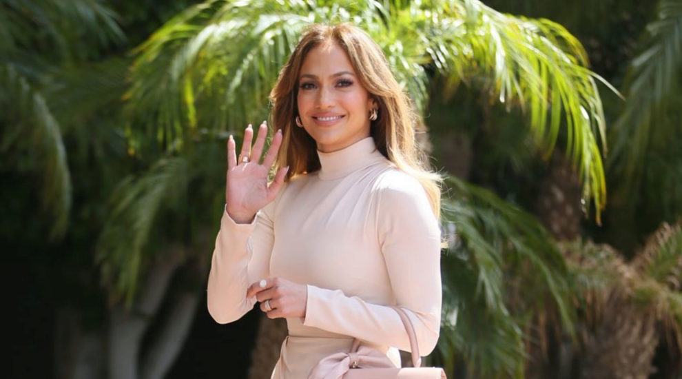 La cantante Jennifer Lopez ha vuelto a sorprendernos con su increíble...