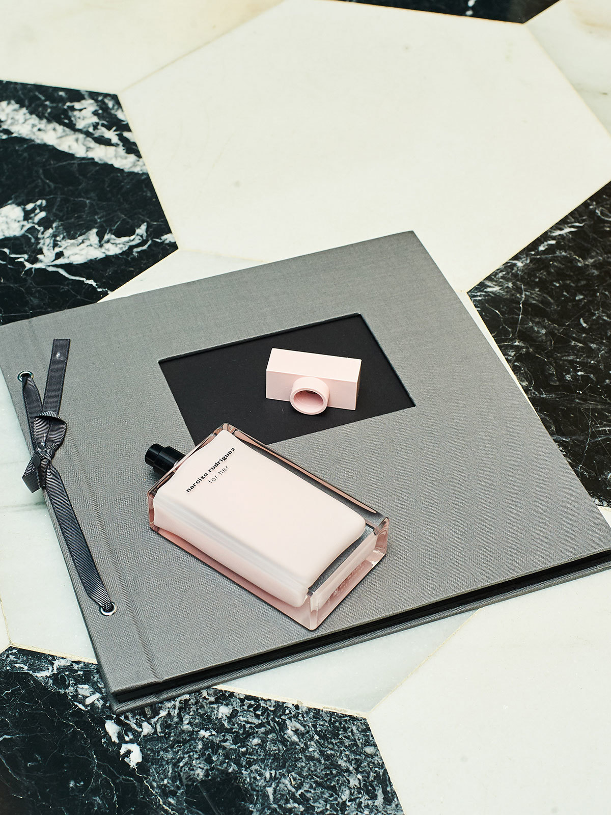for her, de Narciso Rodriguez