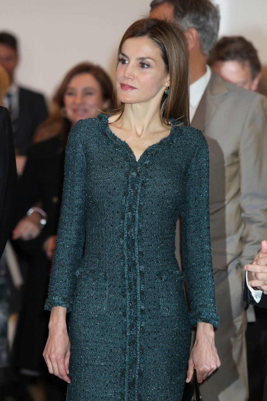 Doña Letizia con pendientes de Monica Vinader.