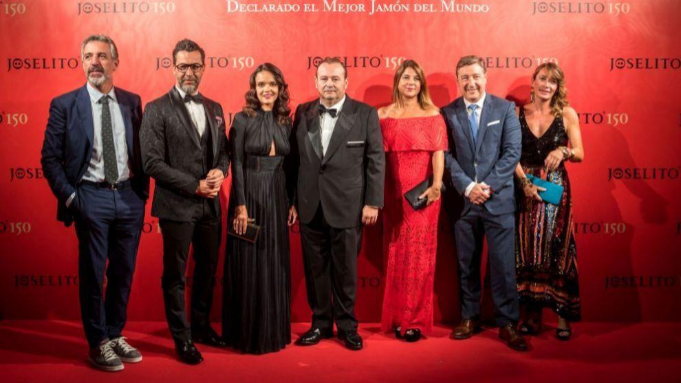 José Gomez junto a los chefs Pepe Solla, Quique Dacosta y Joan Roca.