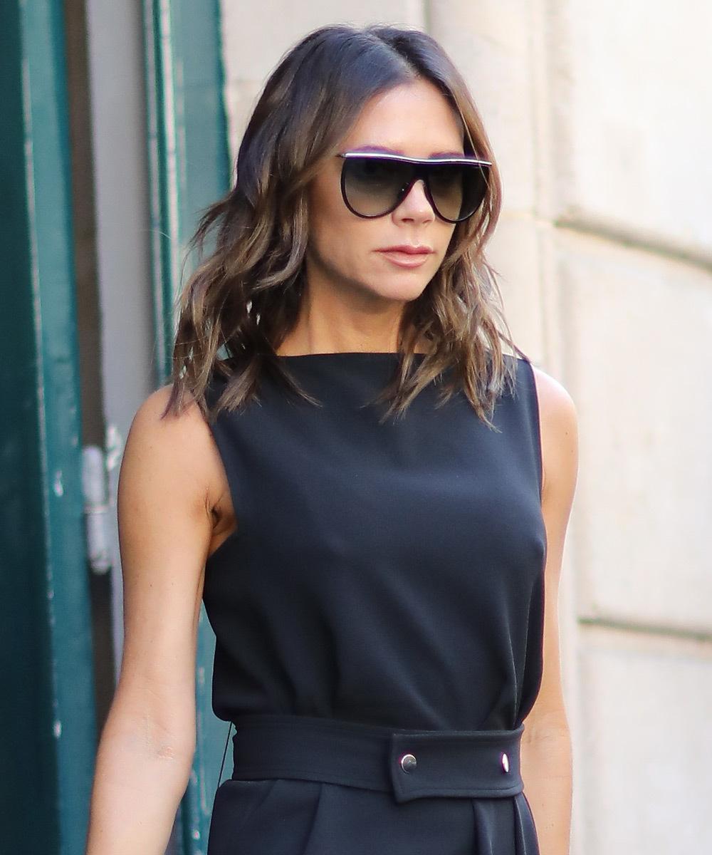 Victoria Beckham con el corte de moda en París hace unos días.
