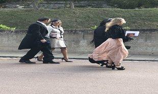 Kate Moss llegando a la boda.
