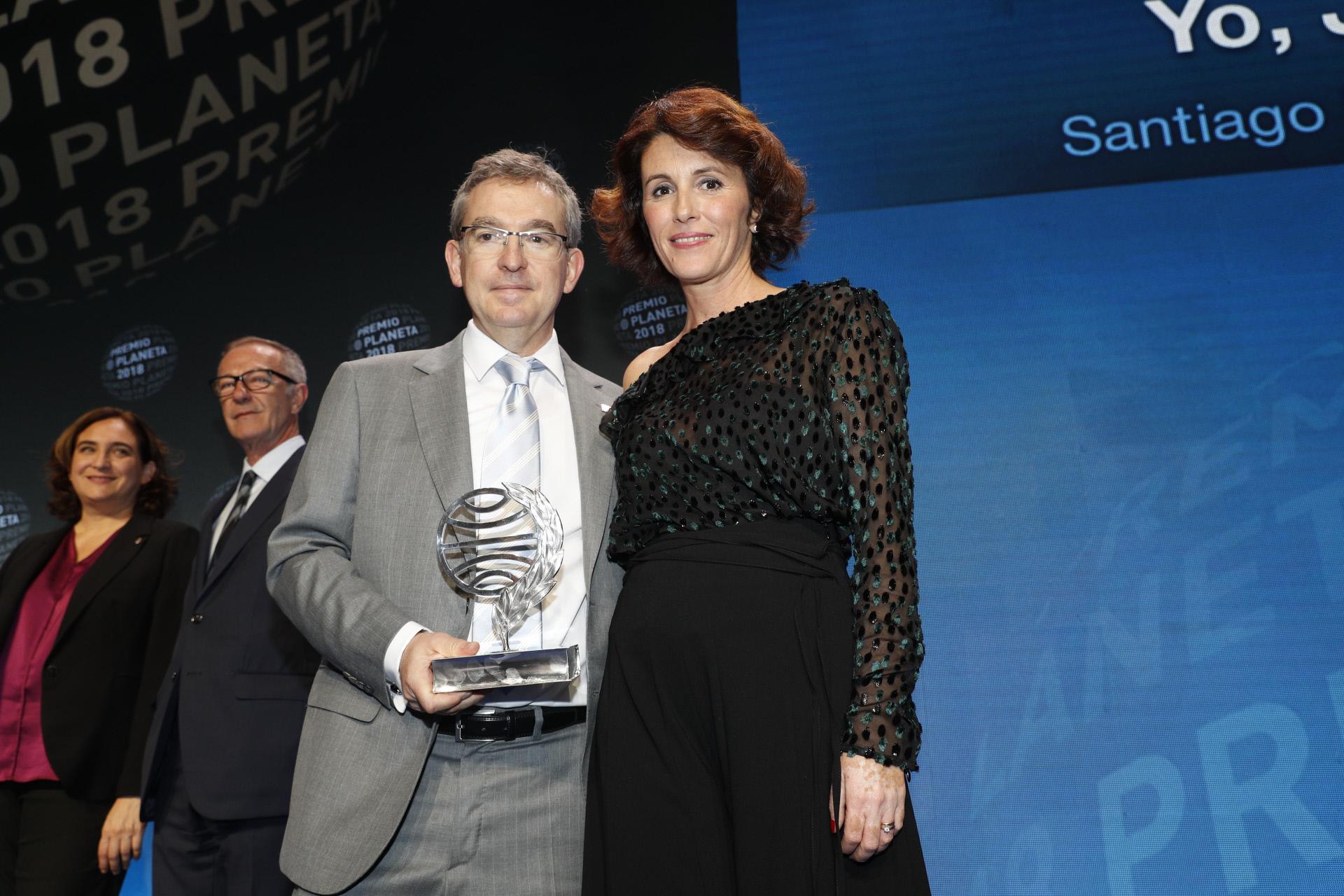 Santiago Posteguillo y Ayanta Barillo, ganador y finalista del Premio...