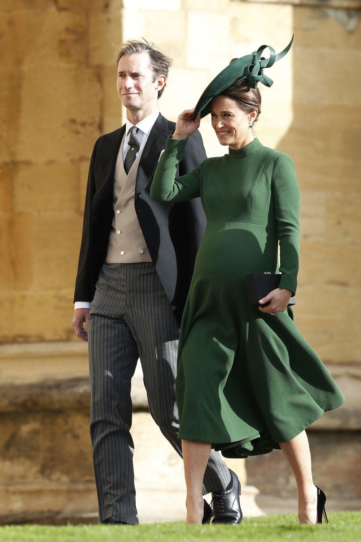 Pippa Middleton y James Matthews en la boda de Eugenia de York.